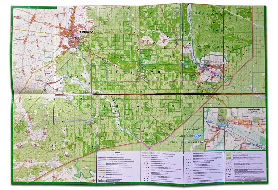 bialowieza-laminated-map-spread-02
